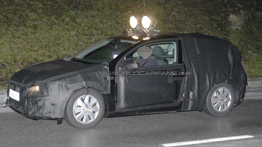 2012 Seat Leon 3-door spied in the night