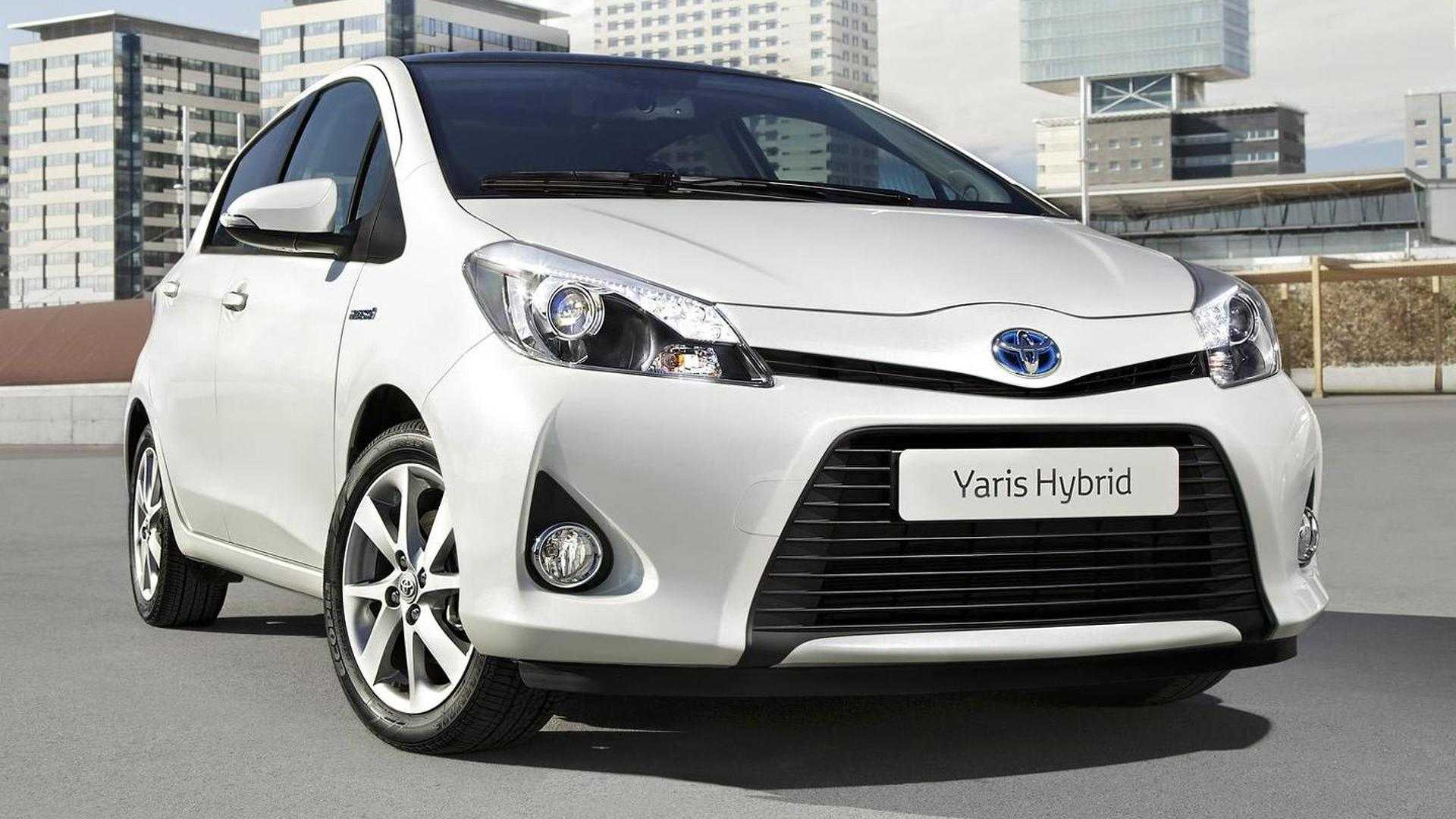 Kelebihan Toyota Yaris 2012 Harga