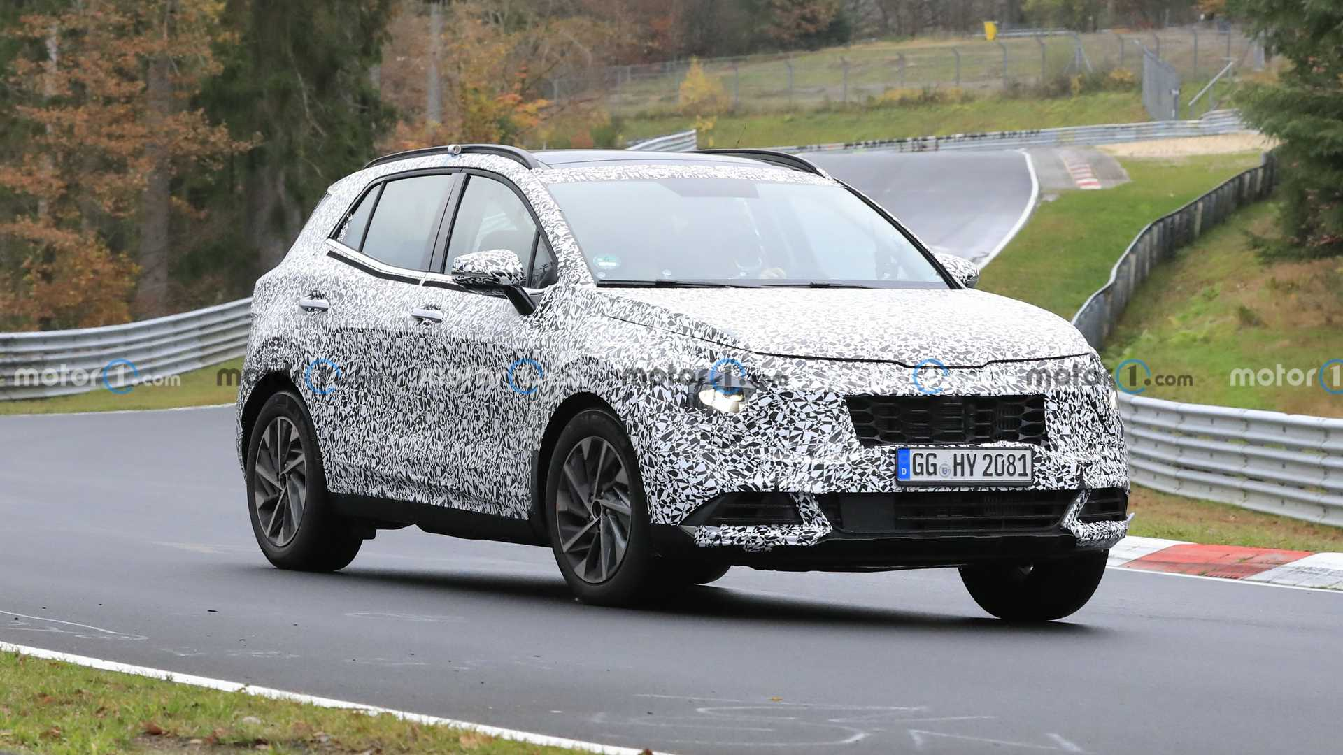 4 Kia Sportage Spied Getting A Workout At The Nurburgring