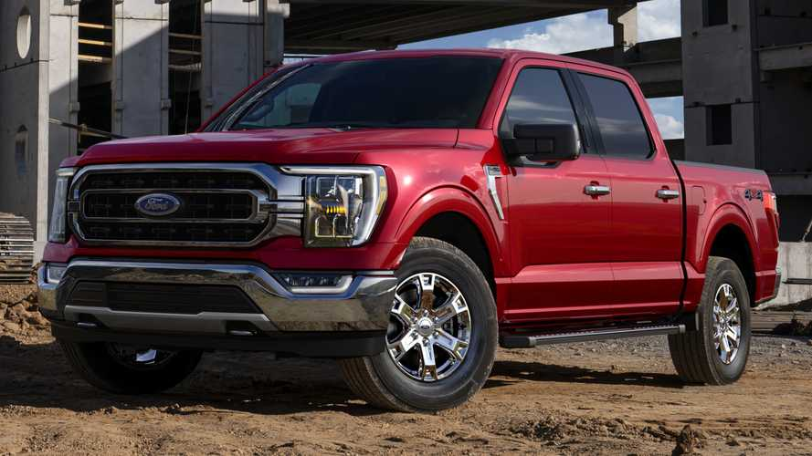 Ford F-150 Hybrid Powers House's Space Heater And Lamp As Neighborhood Goes Dark