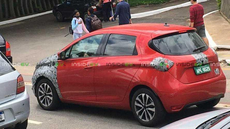 Novo Renault Zoe: hatch elétrico é flagrado quase 'limpo' no Brasil