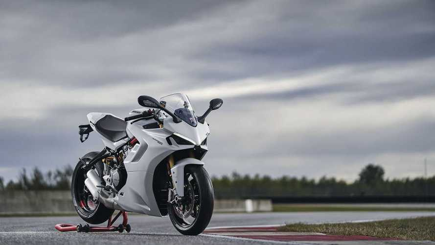 Updated Ducati SuperSport 950 Gets Panigale-Inspired Facelift