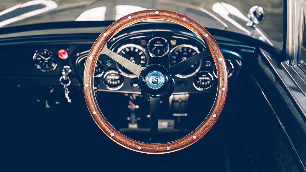 Aston Martin DB5 Junior No Time To Die Edition Interior
