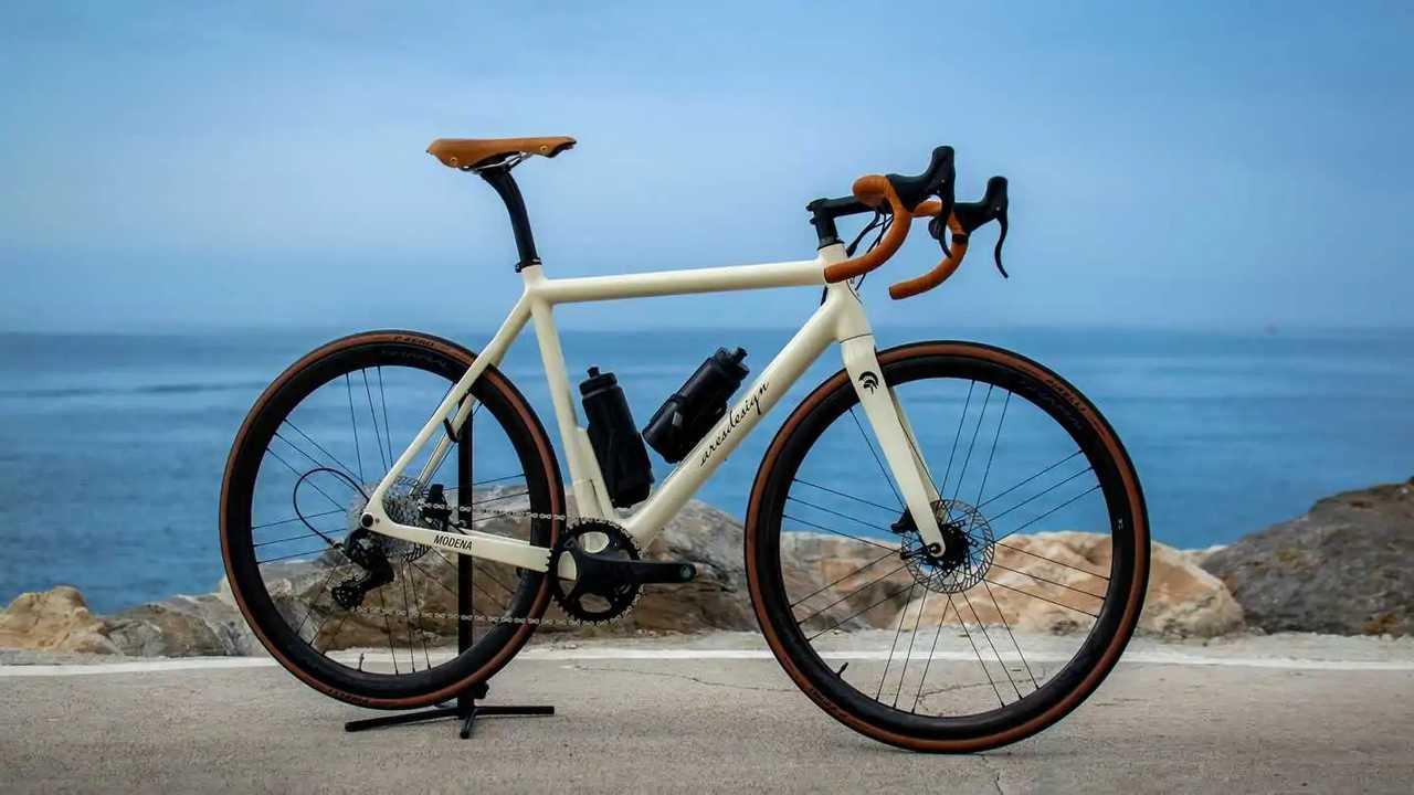 Ares Super Leggera by HPS: Extrem Leichtes E-Bike-Rennrad