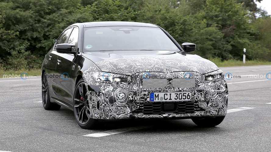 BMW Serie 3 restyling, le foto spia della sportiva M340i