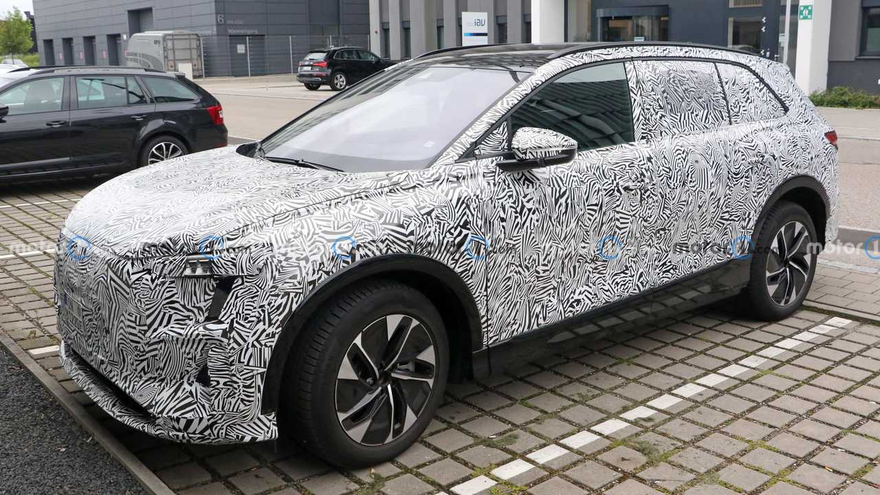 Audi EV SUV for China spied