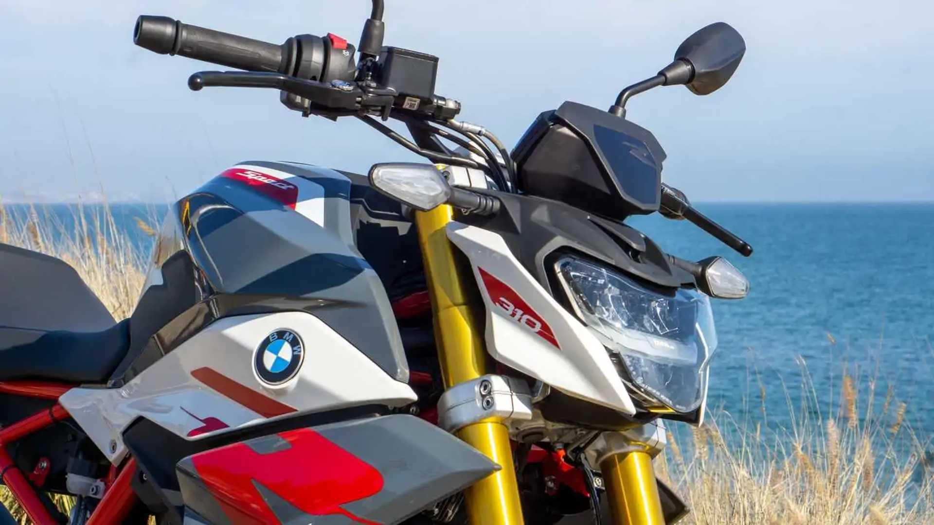 2021 BMW G 310 R - LED Headligt