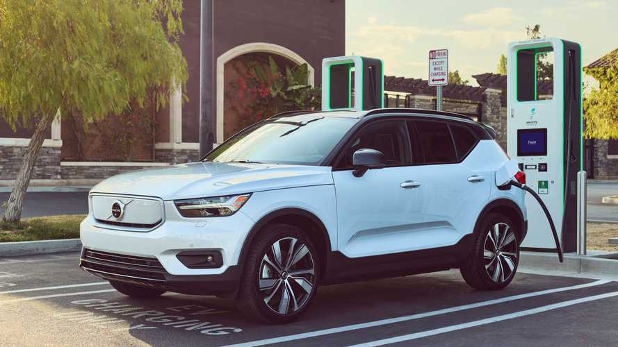 2022 Volvo XC40/C40 Recharge Come With 250 kWh Charging Credit