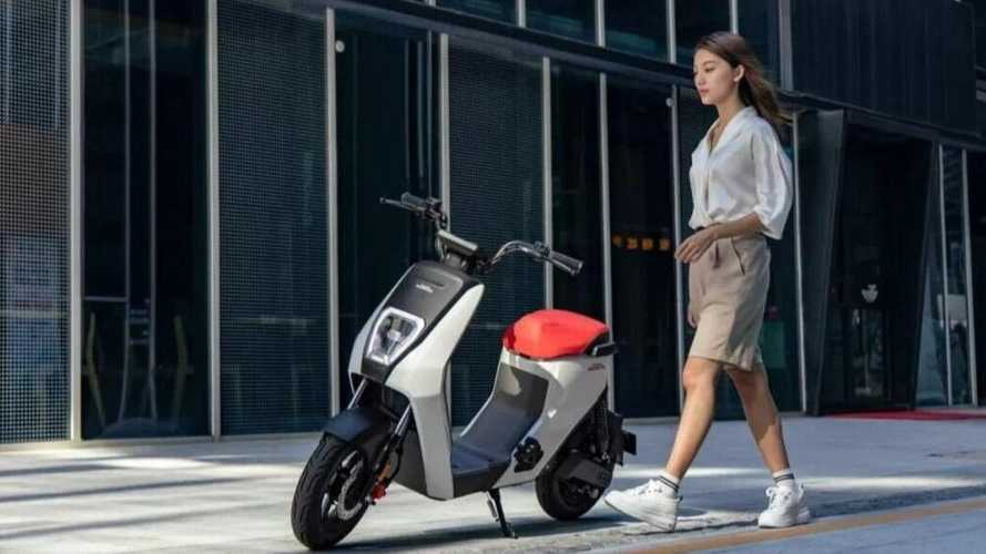 The Honda U-BE Electric Scooter Proves That Less Is More