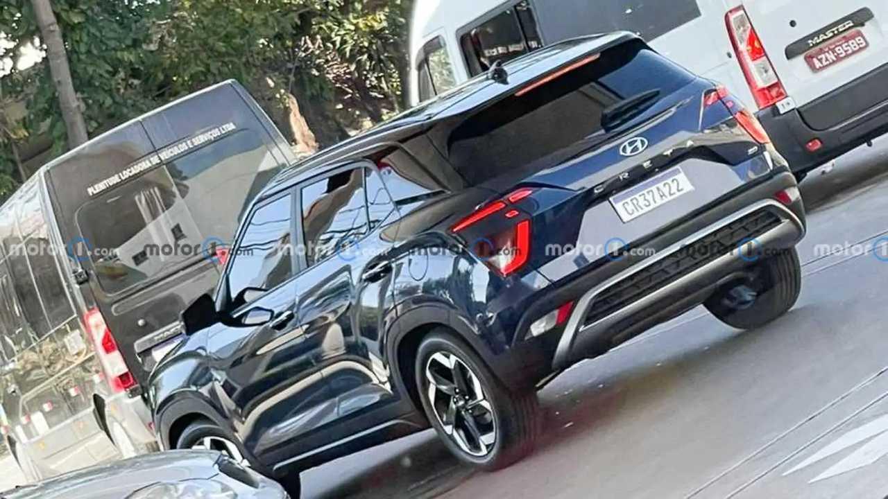 Flagra Hyundai Creta 2022