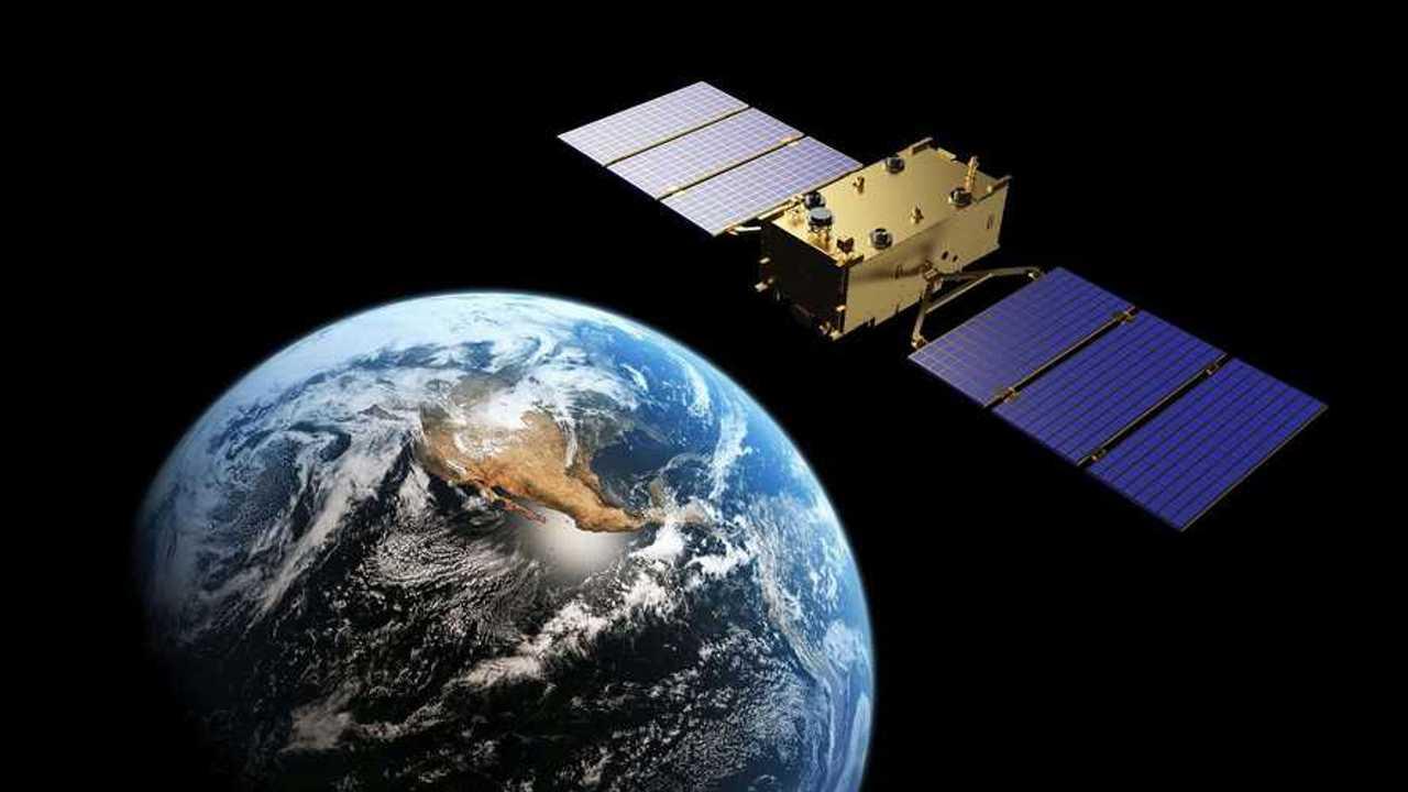 Un satellite e una vista dallo spazio della Terra
