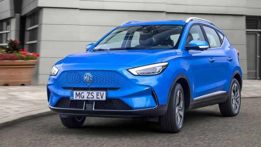 MG ZS EV erhält neue Optik und mehr Reichweite – bis zu 400 km