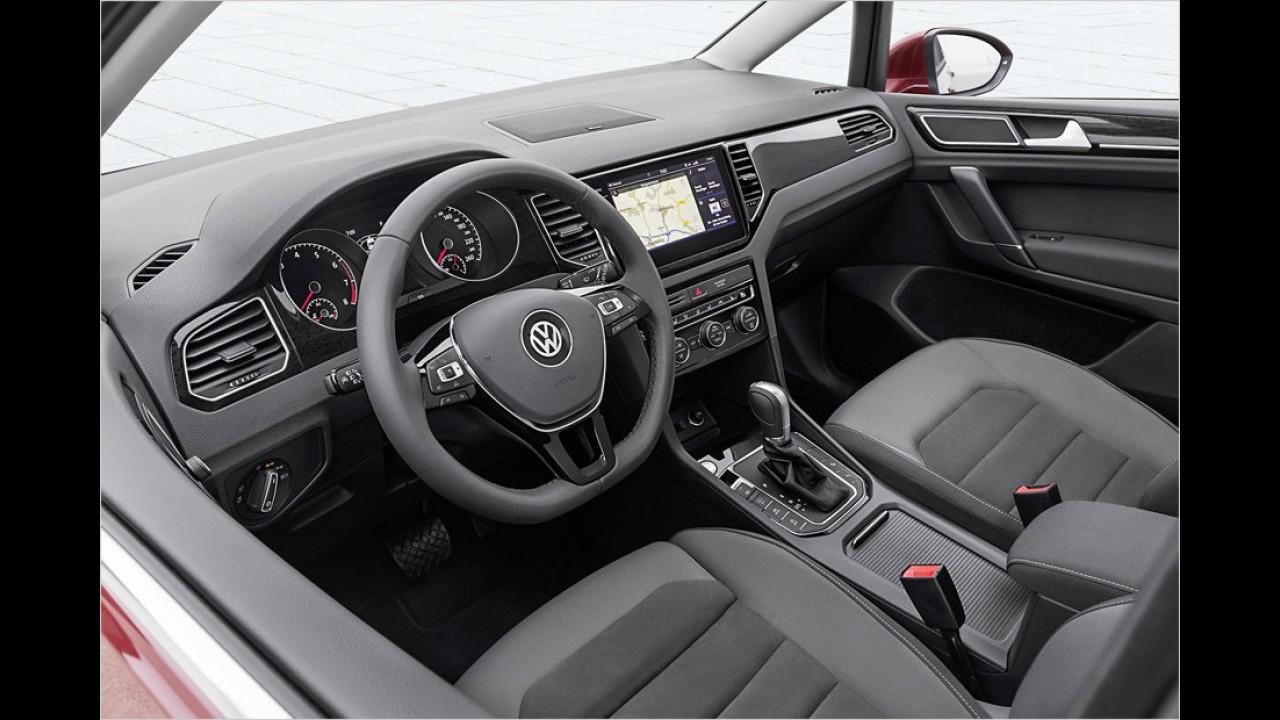 Für das Interieur bietet VW neue Dekore, Stoffe und Leder foto ...