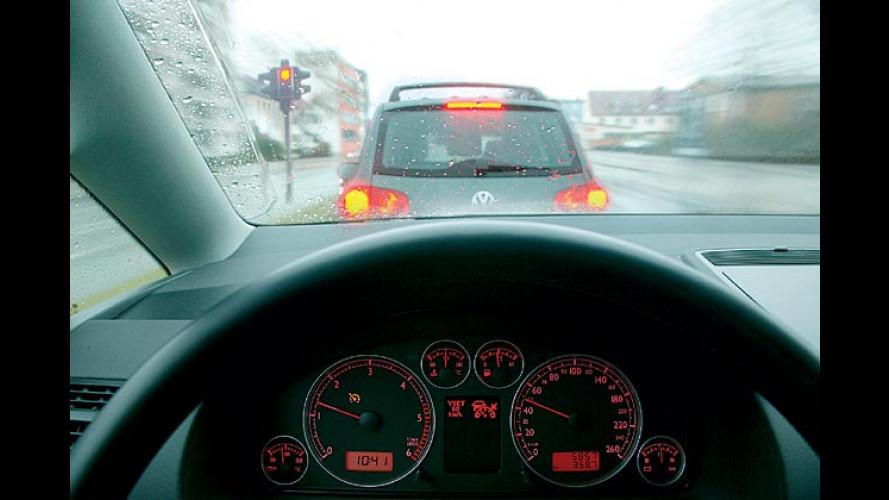 Warnen, bremsen, parken: In Zukunft denkt das Auto mit