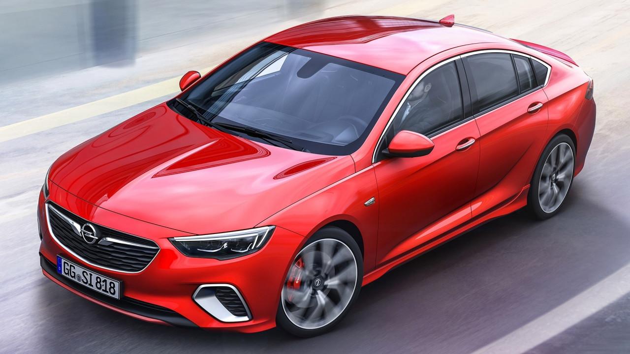 [Copertina] - Opel Insignia GSi, la berlina sportiva ha 260 CV