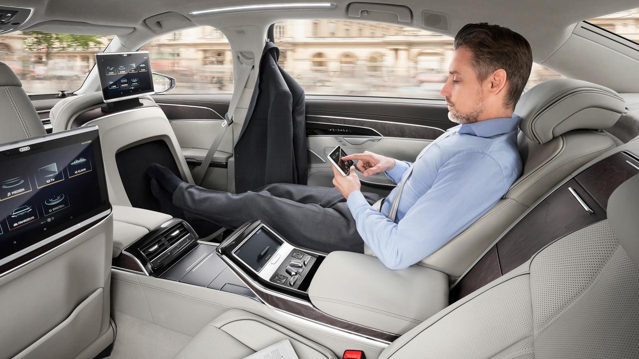 [Copertina] - I 5 accessori che ti viziano sulla nuova Audi A8