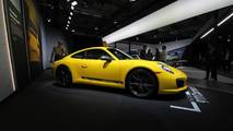 Porsche 911 Carrera T Live Photos
