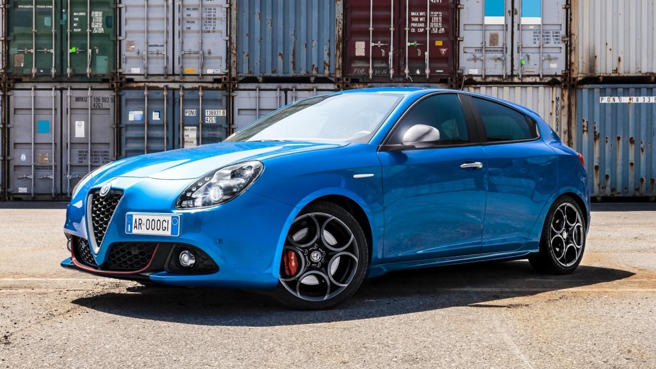 [Copertina] - Alfa Romeo Giulietta, debuttano i pacchetti Tech e Carbon Look