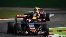 Max Verstappen, Scuderia Toro Rosso STR10 leads Daniil Kvyat, Red Bull Racing RB11