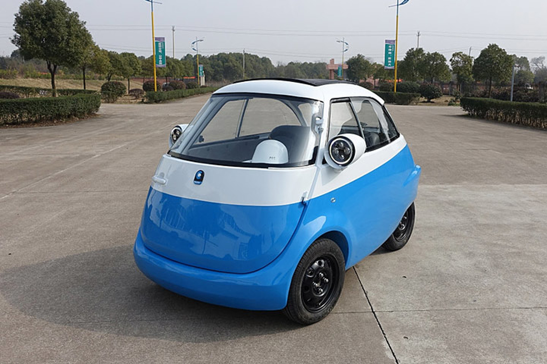 The Bmw Isetta Is Coming Back But As An Ev