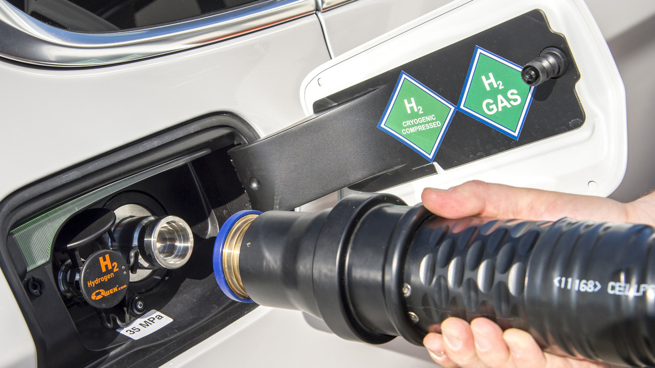 BMW 5 Series GT fuel cell prototype