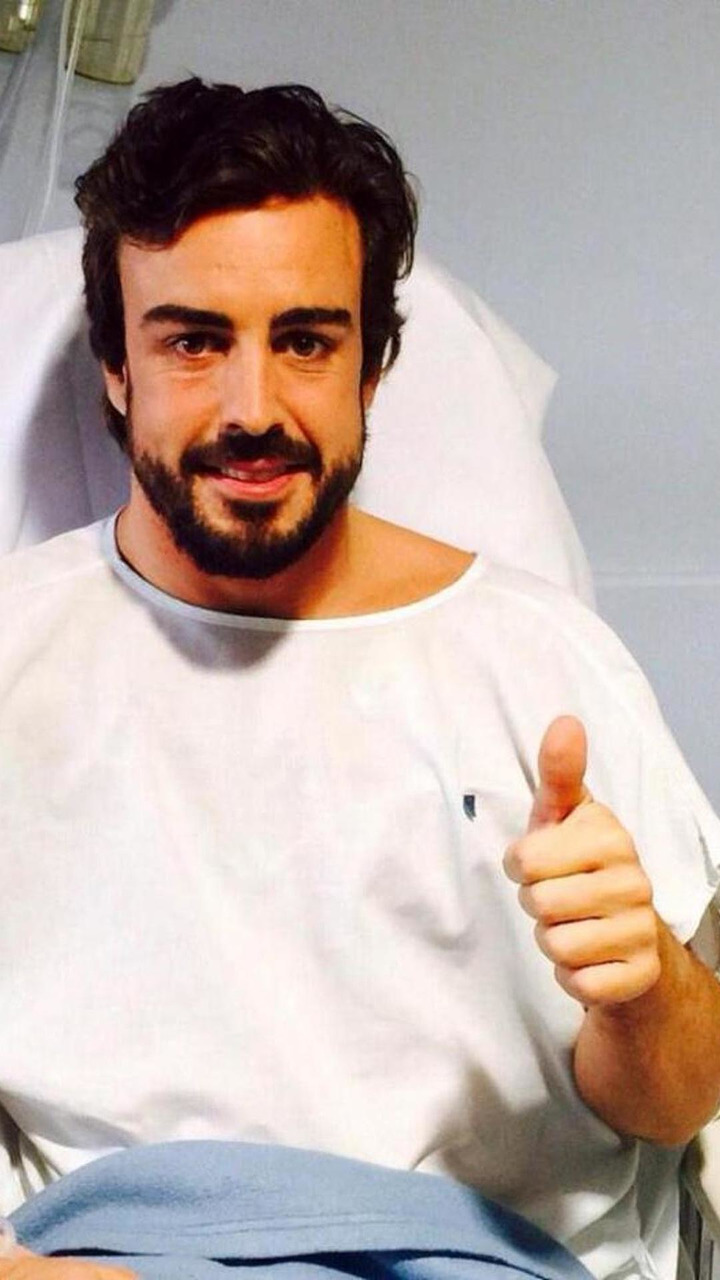 Fernando Alonso (ESP) in hospital / Official Facebook page