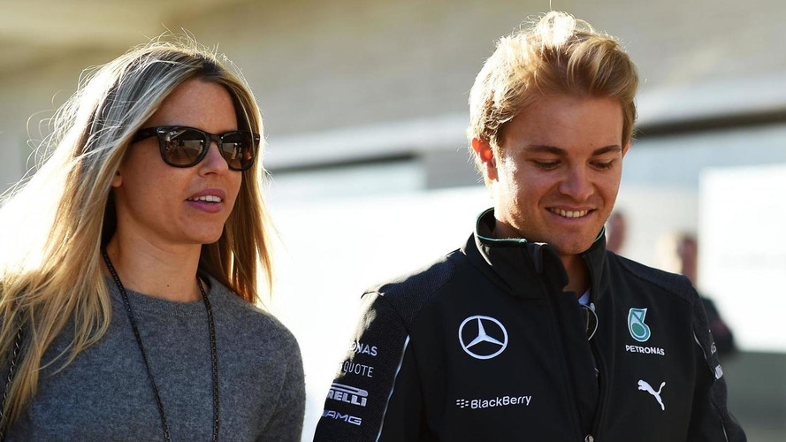 Rosberg wants 'lucky' wife at every race