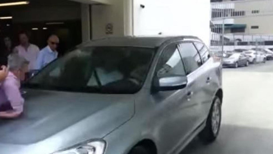 Volvo XC60 facelift hits two at safety system demonstration [video]