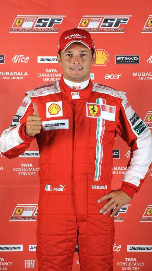 Fisichella could still race in 2010