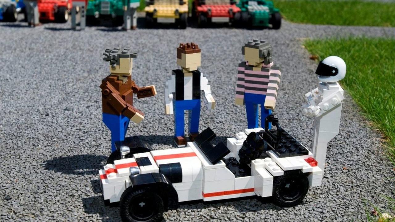 Caterham R500 in LEGO