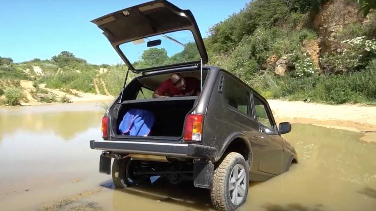 Reviewer Floods 2021 Lada Niva Rear View