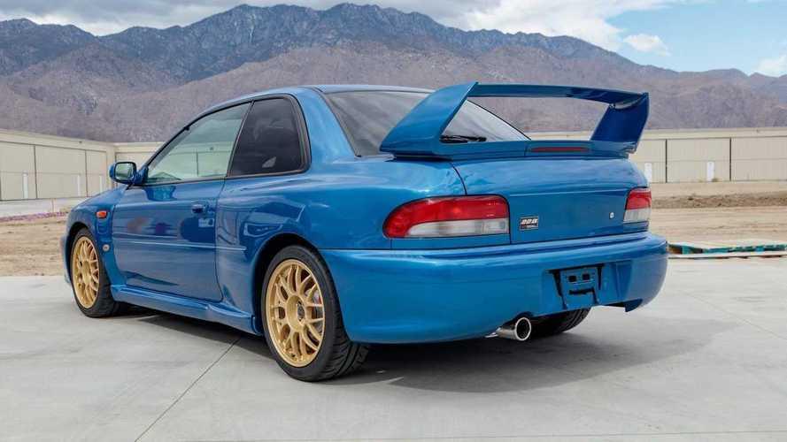 Subaru Impreza 22B STi 1998, vendido