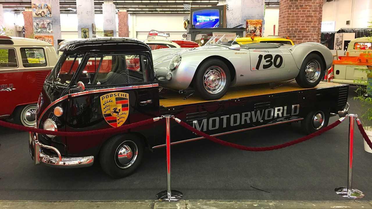 Volkswagen Bulli Porsche Transporter (1964)