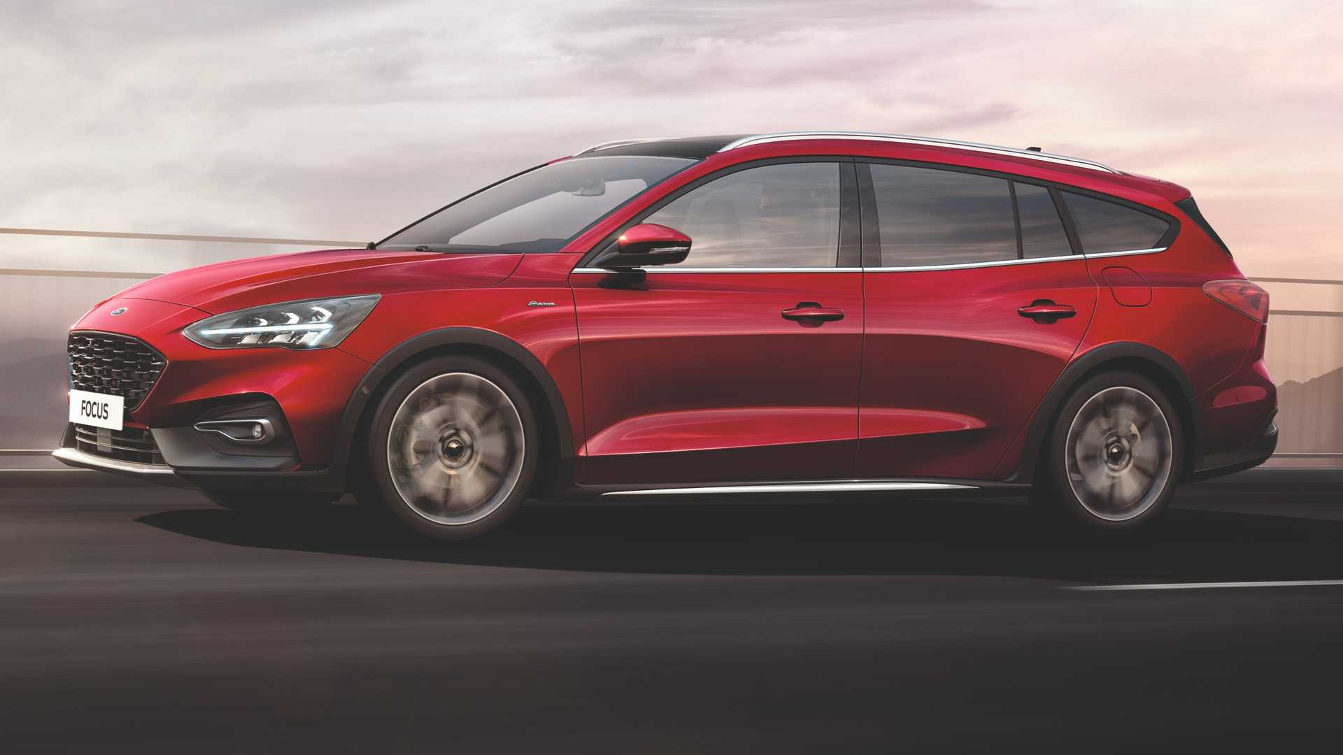 Ford Focus going strong in Europe, Active X Vignale launched