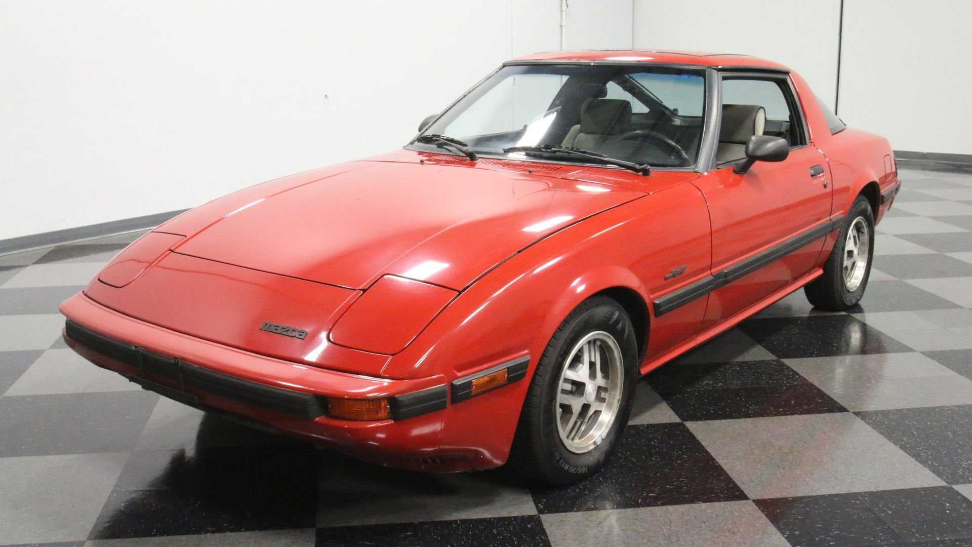 """[""""1984 Mazda RX-7""""]"""