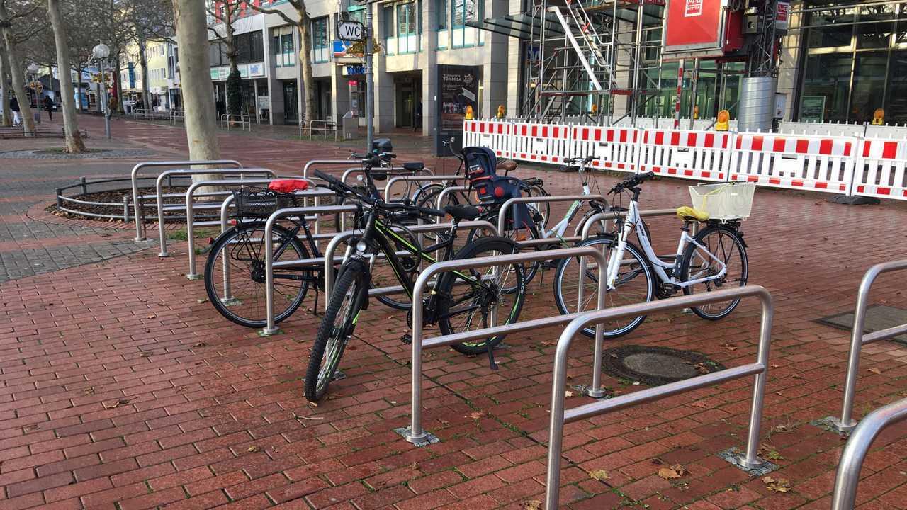 Велосипеды в ассортименте: