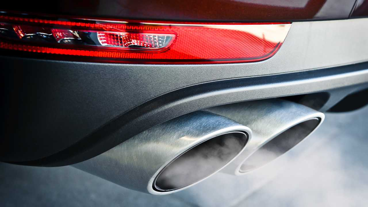 Car dual exhaust pipe