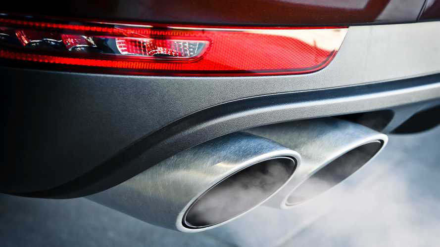 Drivers want councils to take action on engine idling