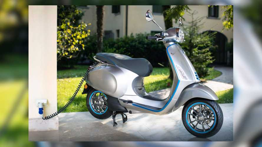 New Vespa Elettrica Promises Higher-Speed Thrills, Same Range