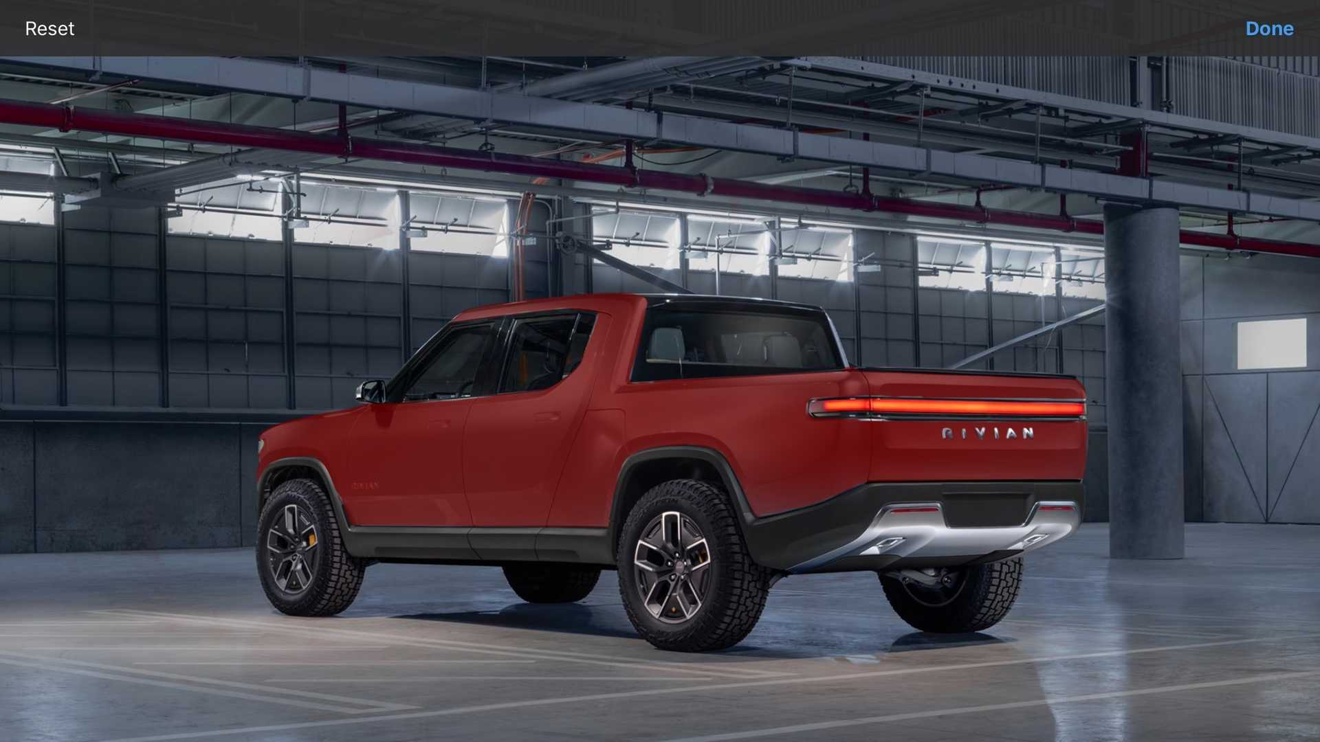 Rivian R1T red
