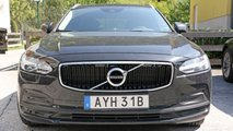 Volvo V90 facelift spy photos