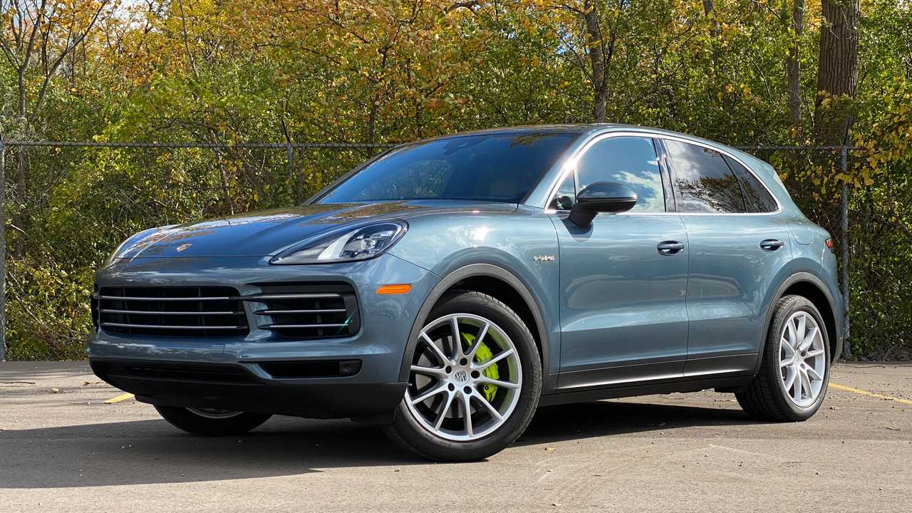 2019 Porsche Cayenne E Hybrid Pros And Cons