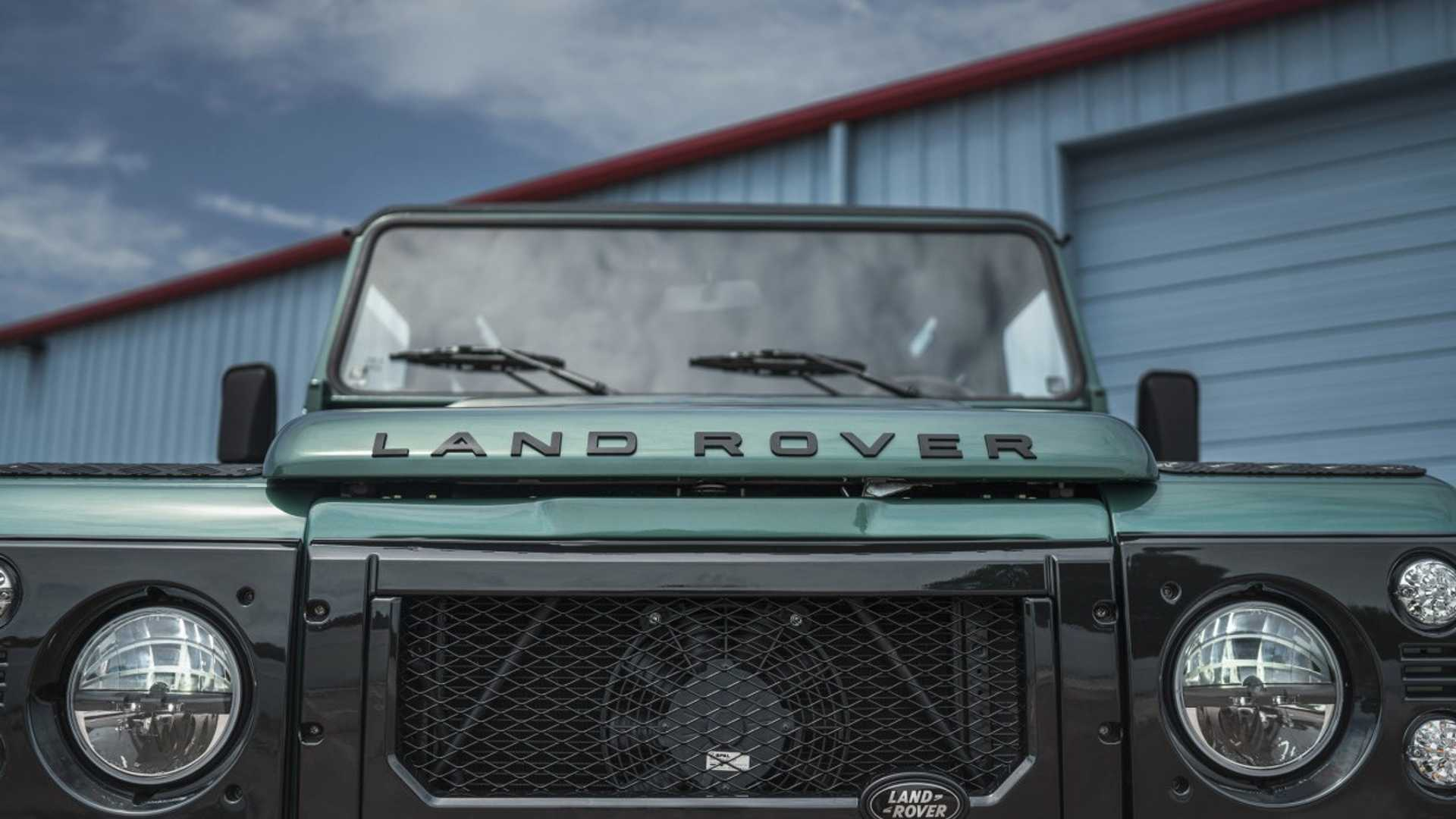 "[""LS-Swapped Land Rover Defender""]"