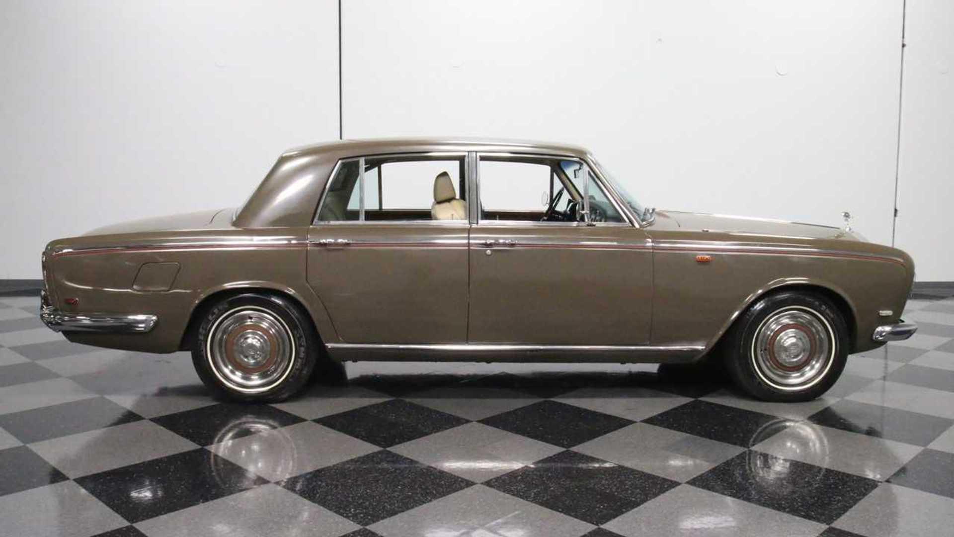 """[""""1969 Rolls-Royce Silver Shadow""""]"""