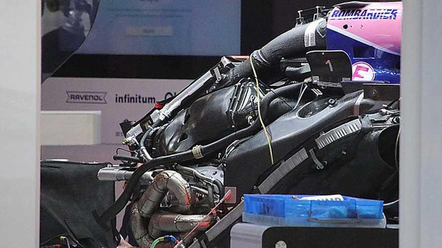 Formula 1, GP Cina: il nuovo motore Mercedes visto da vicino