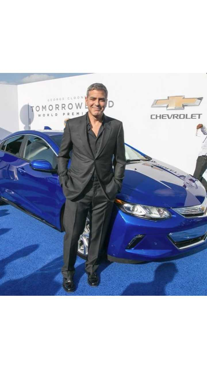 2016 Chevrolet Volt Hits Blue Carpet With Cast Of Disney's Tomorrowland
