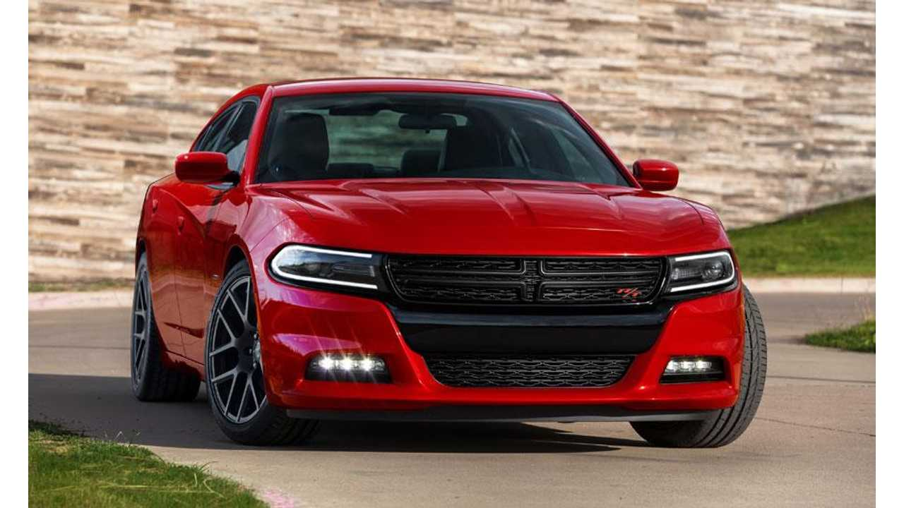 2015-Dodge-Charger-exterior