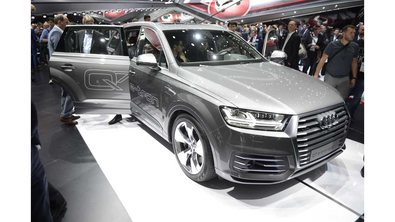 Audi Q7 e‑tron 3.0 TDI Quattro & A3 e-tron At 2015 Frankfurt Motor Show