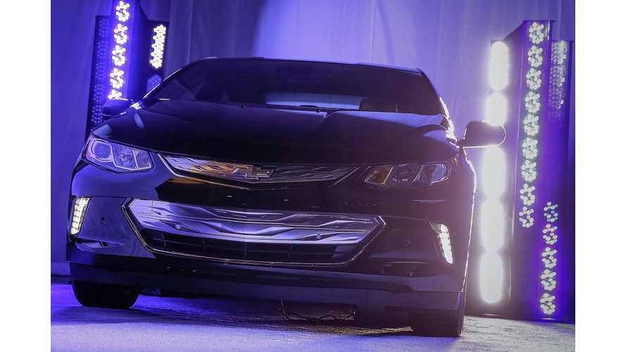 2016 Chevrolet Volt Shown Again