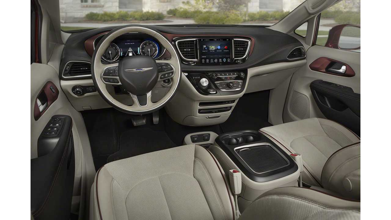 2017 Chryaler Pacifica Hybrid Interior